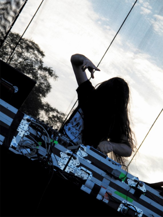 Bassnectar+at+the+Dell+stage.%0A