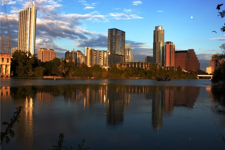 The+Austin+City+Limits+Music+Festival+uses+large+amounts+of+water+to+rejuvenate+the+grounds.%C2%A0%0A