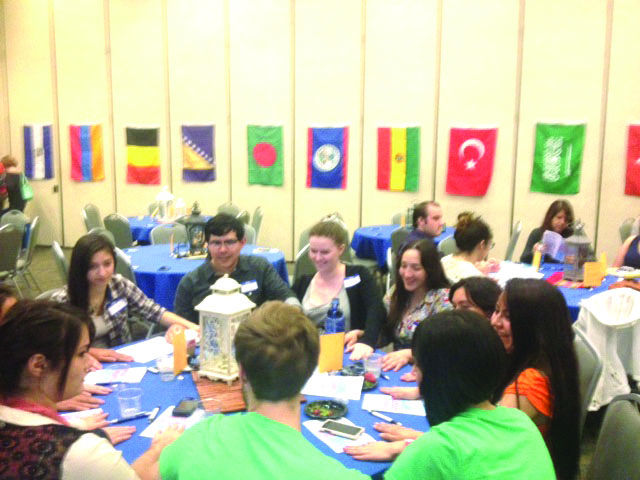 Students+engaged+in+interactive+activities+and+global+dialogue.