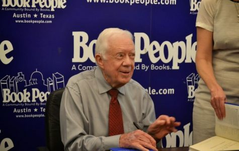 Before LBJ Summit speech, Carter stops by BookPeople for book signing