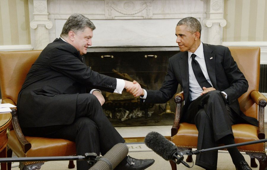 President+Barack+Obama+holds+a+bilateral+meeting+with+President+Petro+Poroshenko+of+Ukraine+in+the+Oval+Office+of+the+White+House+September+18%2C+2014+in+Washington%2C+DC.%C2%A0