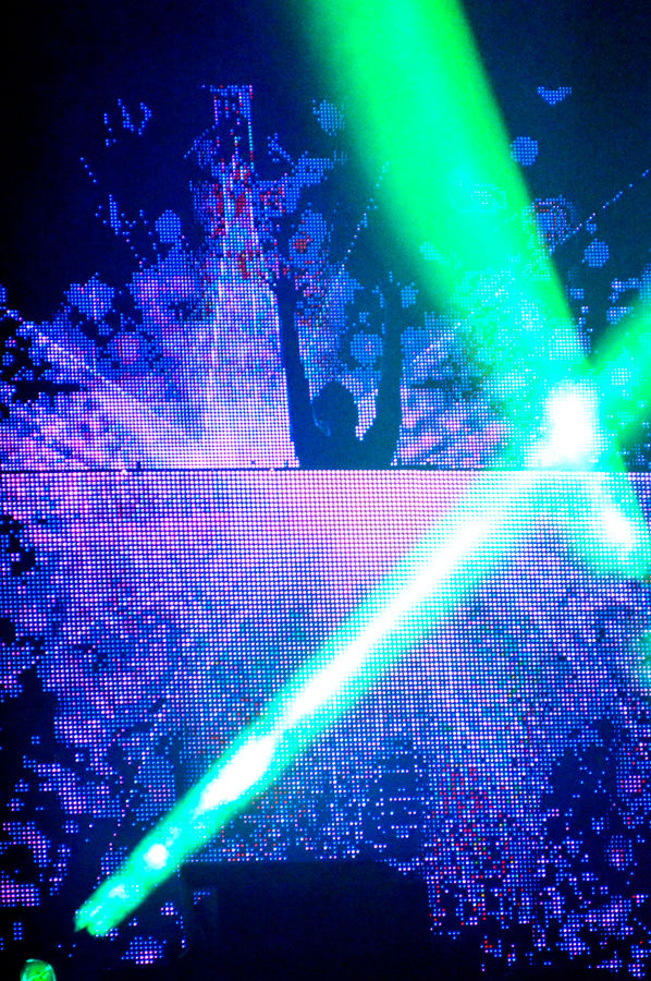 During Calvin Harris's show, he turned ACL into one massive party.