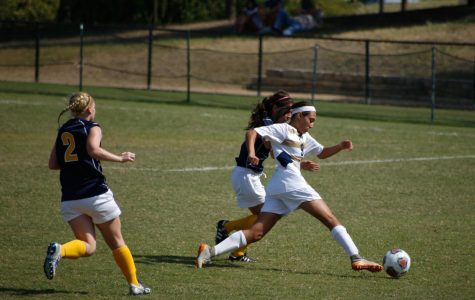 Women's soccer finishes season with loss in Sweet 16