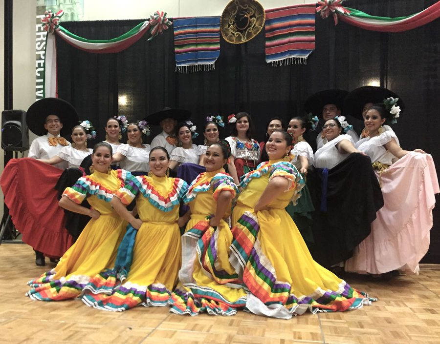 Noche+Folklorica+performers+continue+their+dedication+to+presenting+the+heritage+of+Mexico+at+SEU.