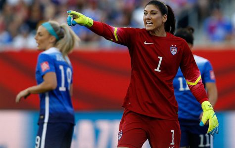 US Women's National Team stars fighting for equal pay on soccer field