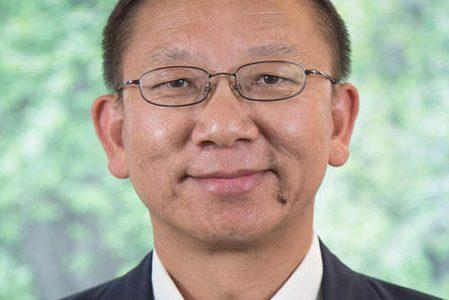St. Edward's economics professor dies