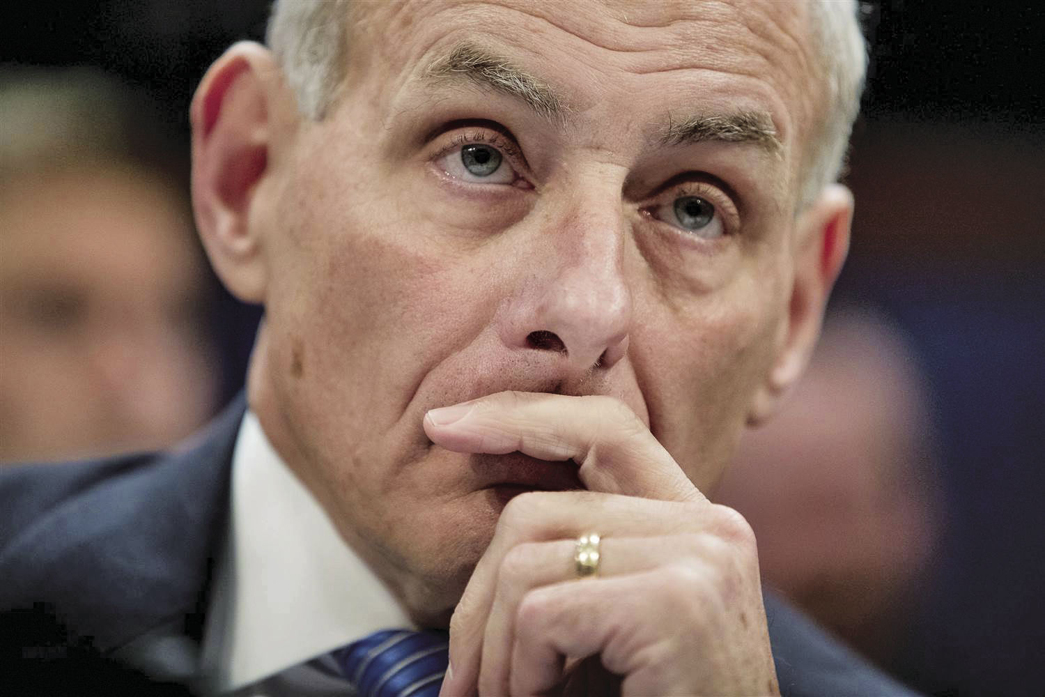 Kelly's comments have earned criticism from many historians.