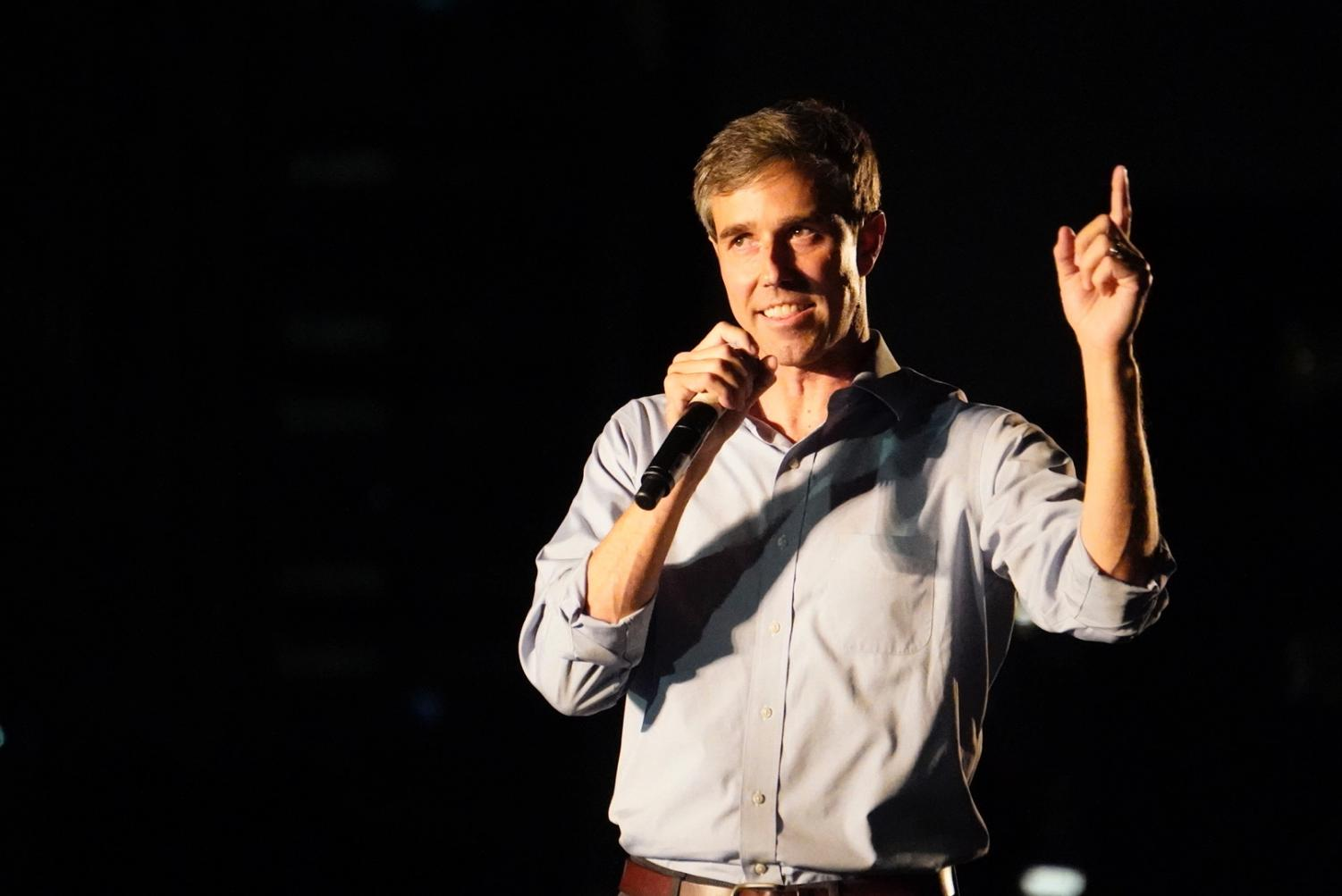 Beto O'Rourke speaks to thousands in Austin on Sept. 29 2018.