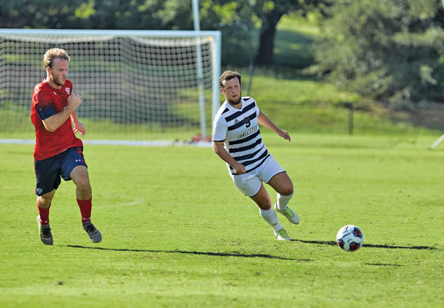 Senior Dylan Armstrong  earns Heartland Conference Offensive Player of the Week.