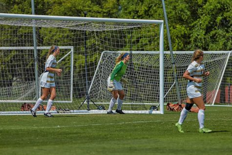 Women's soccer wins third straight game