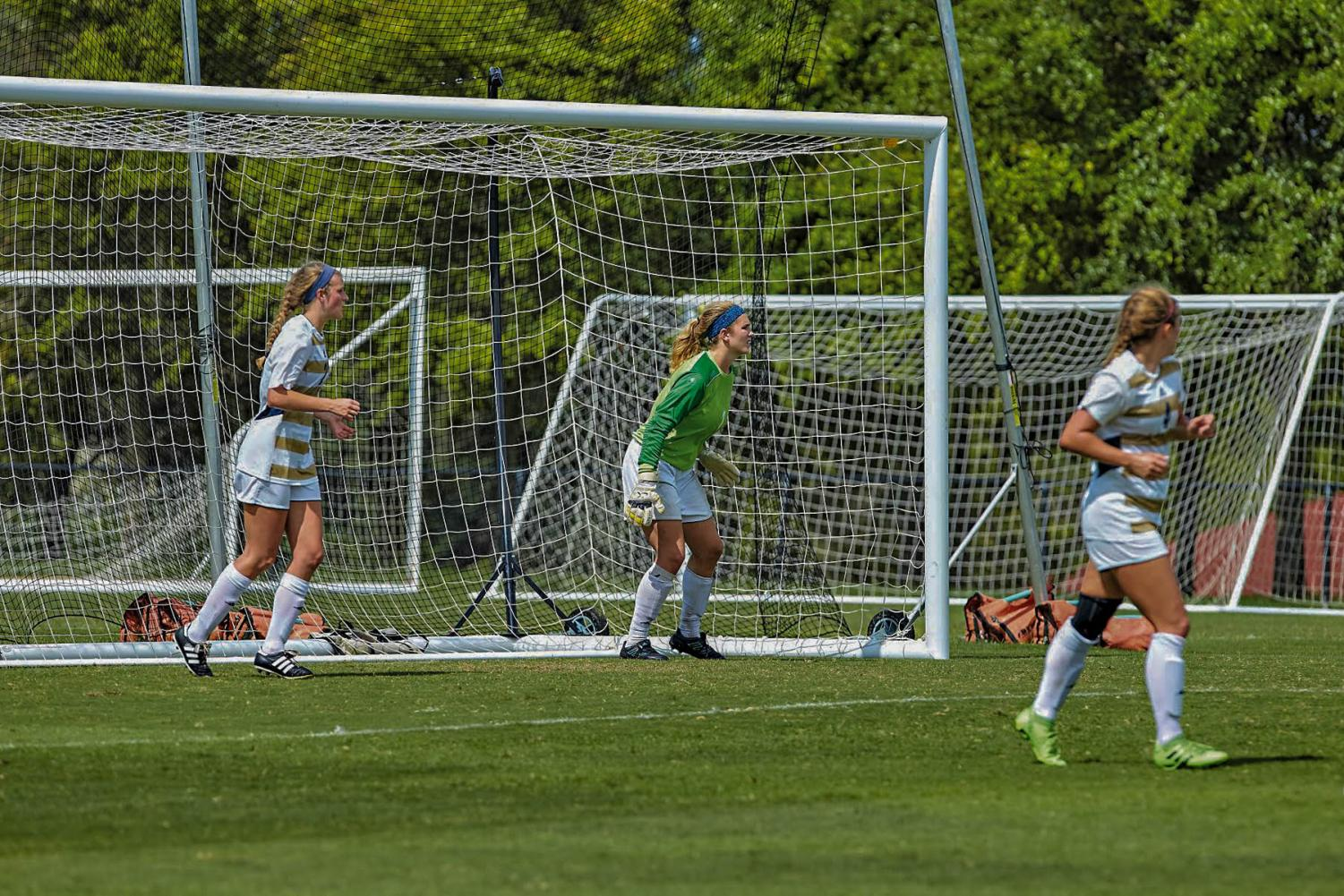 Goalkeeper Annabel Sweeney earns honorable recognitions in same week.