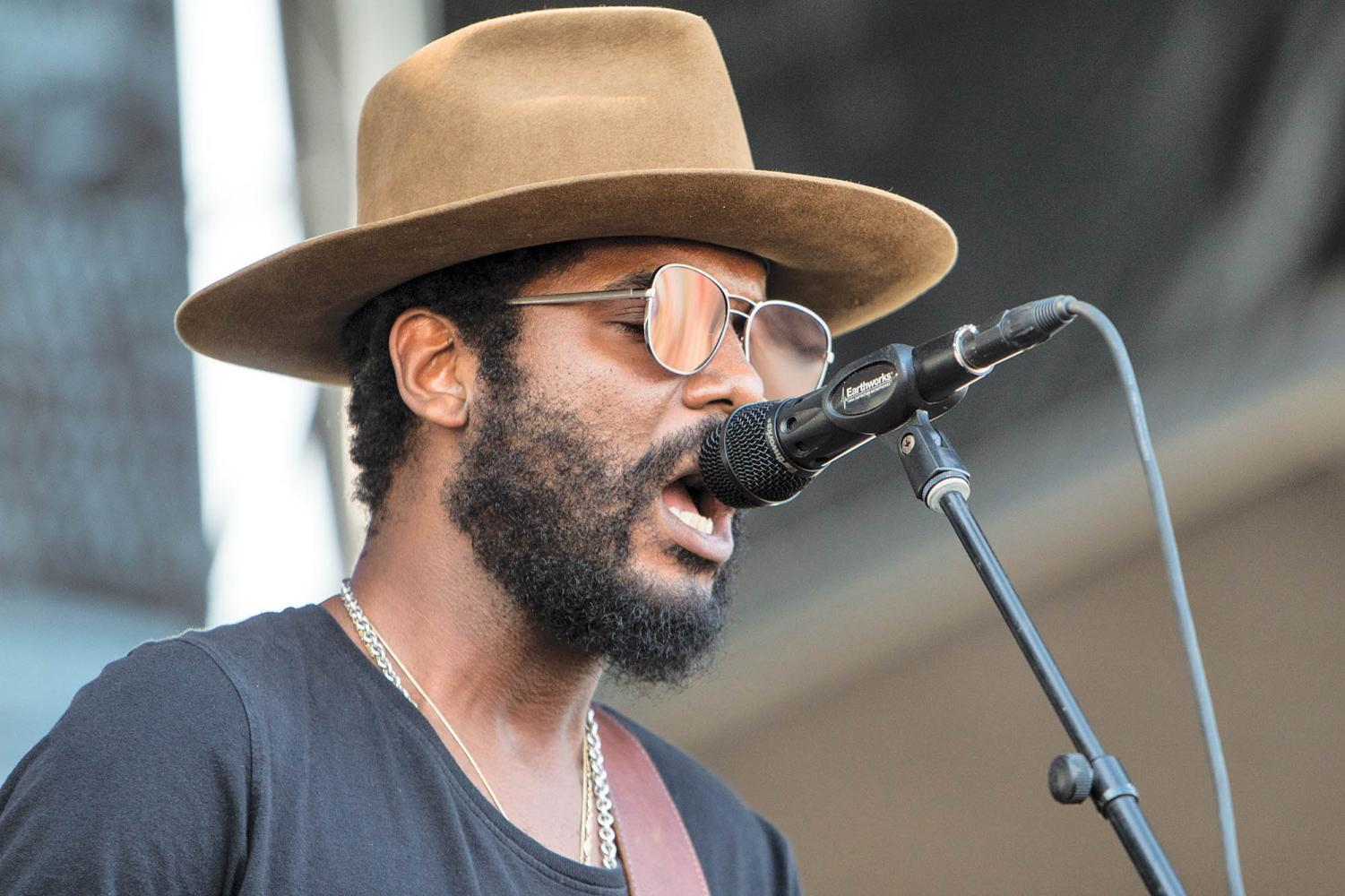 'This Land' features two bonus tracks on which Gary Clark Jr. jams on the guitar.