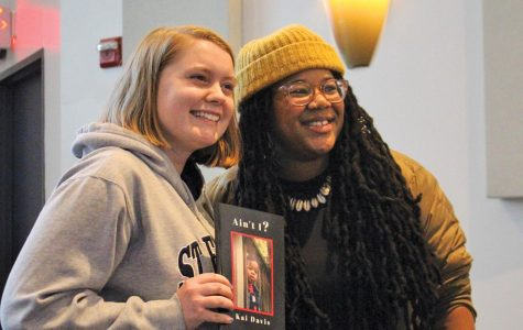 Accomplished poet explores passion, sense of identity at SEU event