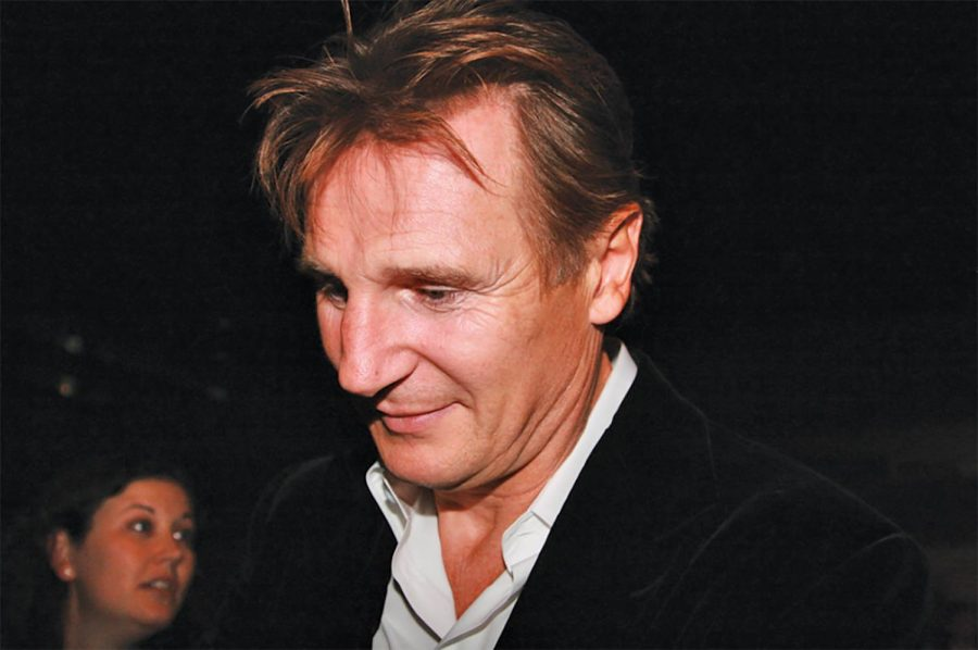 Neeson+took+two+hour+long+power+walks+a+day+and+talked+through+the+issue+with+friends+to+help+him.