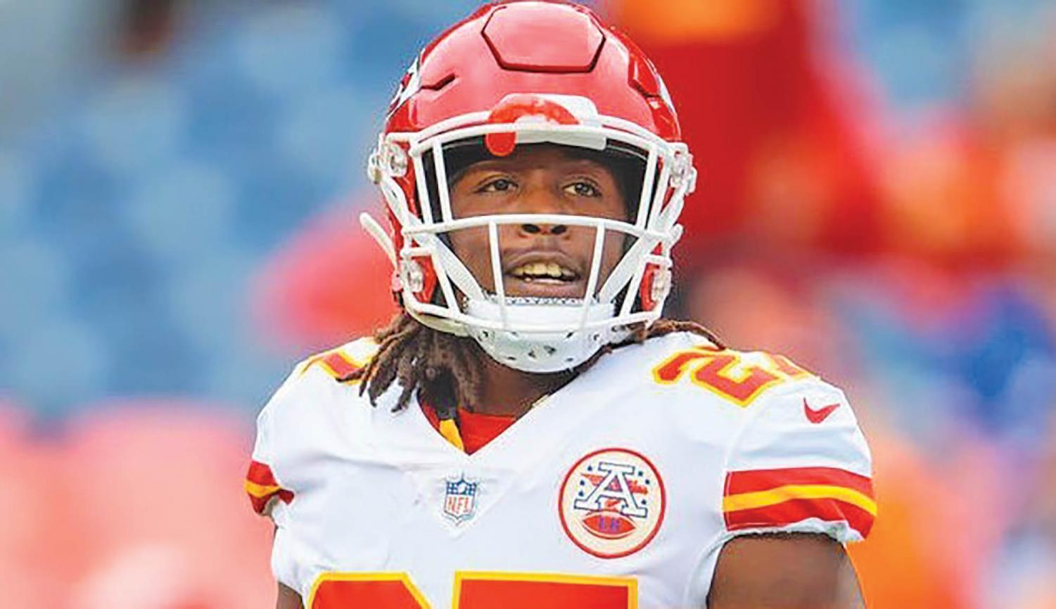 The Cleveland Browns are have given Kareem Hunt a controversial second chance to play in the NFL.