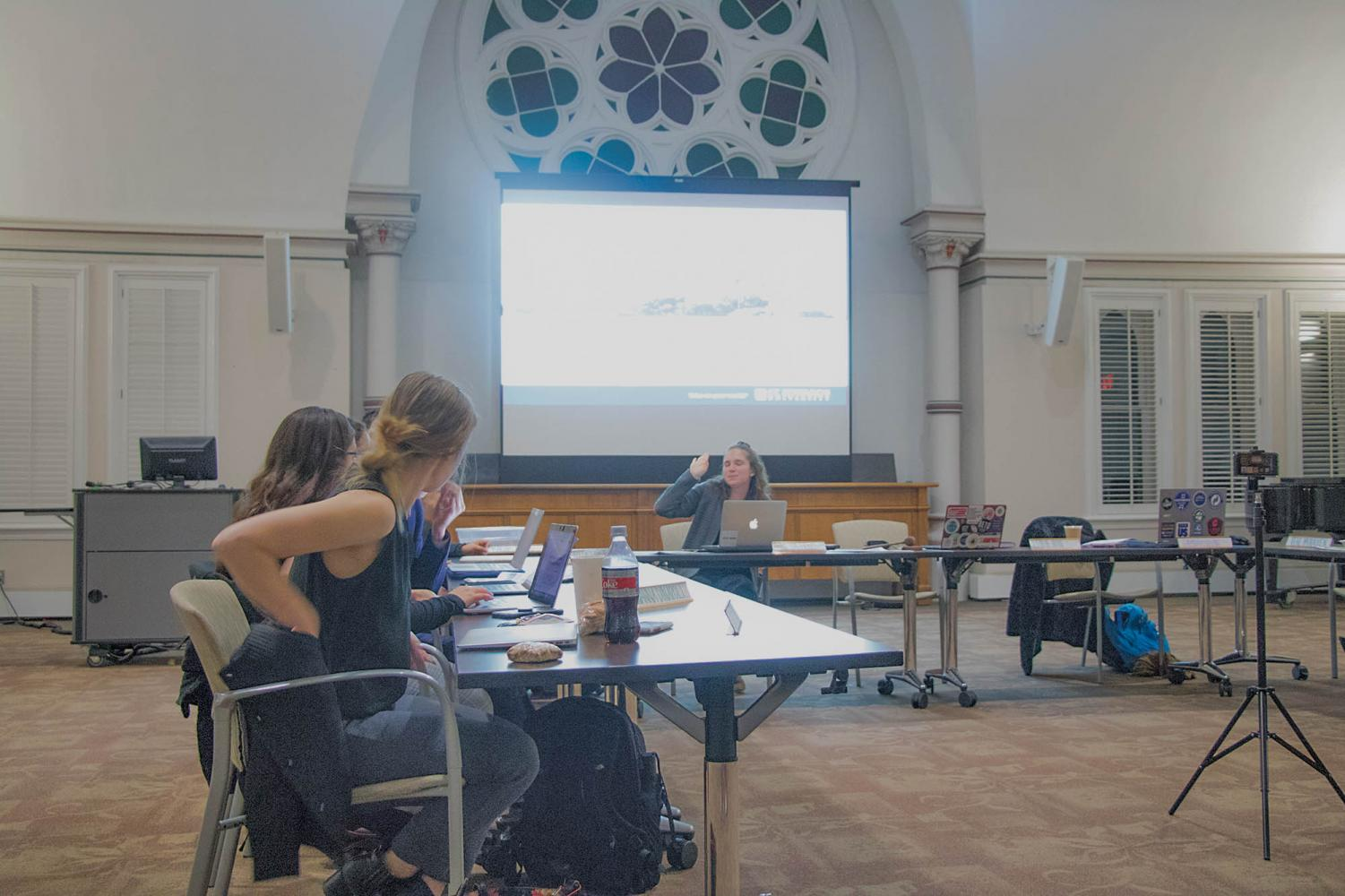 Student Government Association senators changed the phrasing and content of some bylaws in their last formal meeting of the semester