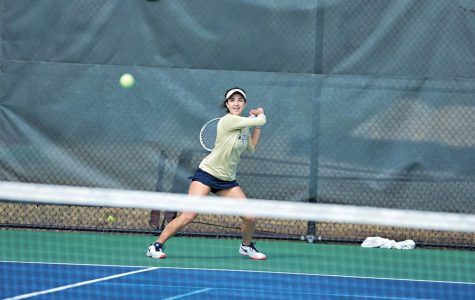 Women's tennis starts season with impressive 8-1 record, six-match win streak