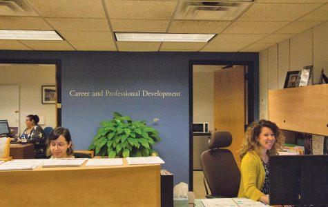 Students unnecessarily struggle to find summer internships despite efforts