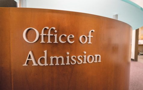 College admission process favors wealthy, underserves low-income students