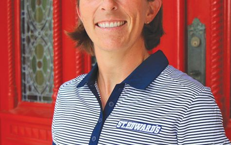 Women's golf coach reflects on Hall of Fame career, relationships
