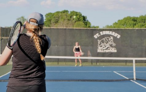 Club tennis prioritizes bonding, improves team's success