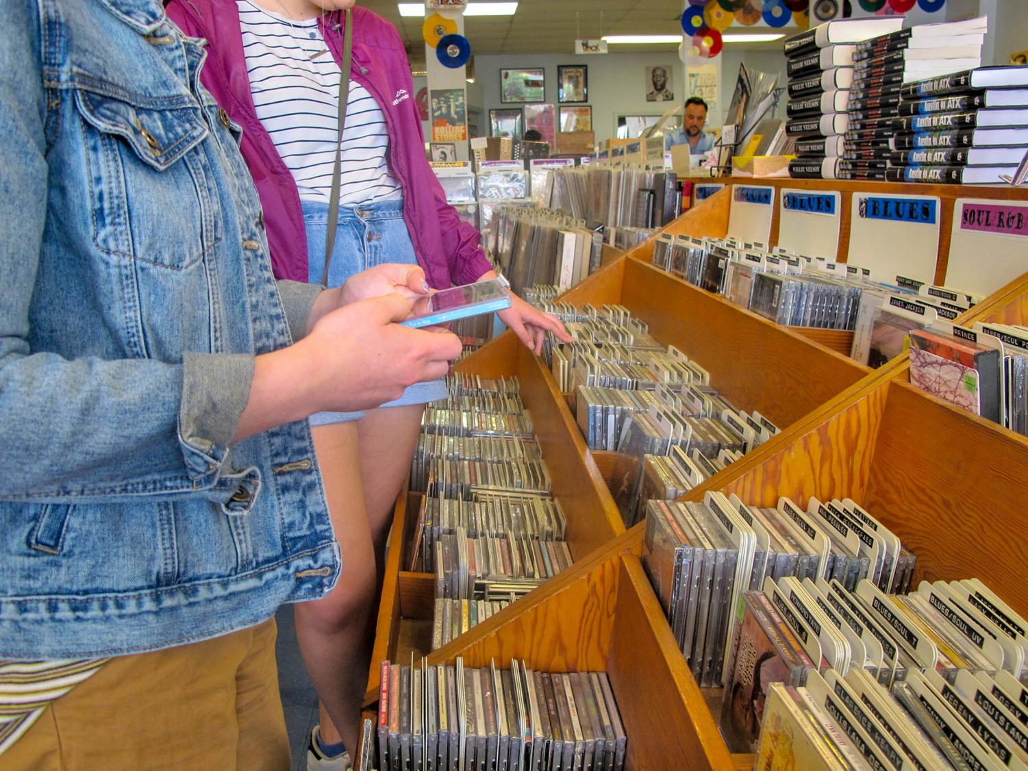 vinyl collectors flock to austin record stores to celebrate annual tradition hilltop views. Black Bedroom Furniture Sets. Home Design Ideas