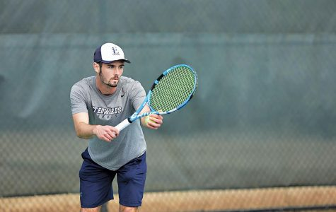 Coming off 19-7 season, men's tennis hopes to repeat victories, be conference champs