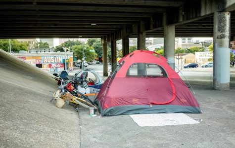 Homelessness panel fosters discussion, debate