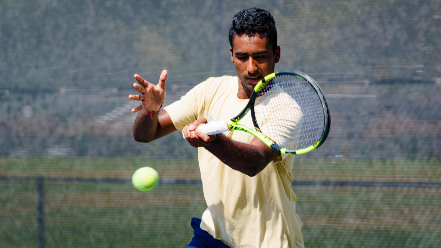 Entering as No. 3 seed in singles draw in the national semifinals, Anish Sriniketh concluded an impressive fall season.