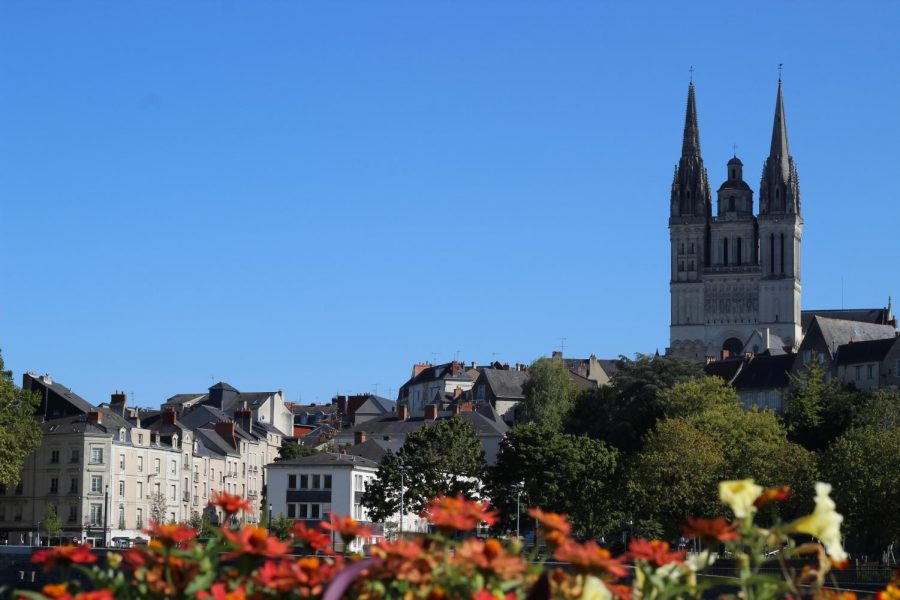 St.+Edward%27s+students+can+study+abroad+in+the+Loire+Valley+town+in+Angers+during+the+semester+or+summer.