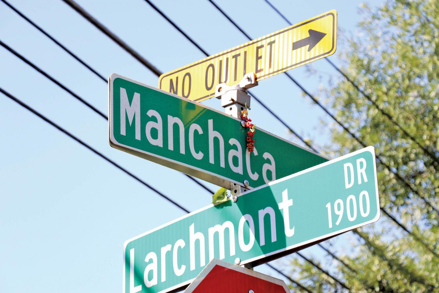 160 street signs in the city that include the incorrect name, to replace every sign will cost around $24,000. 33,000 residents that live on the street will also be required to change all of their personal records, such as driver's licenses, voter registrations, property insurance and any legal documents.