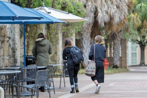 2 SGA senators walk out of meeting after sustainability bill fails