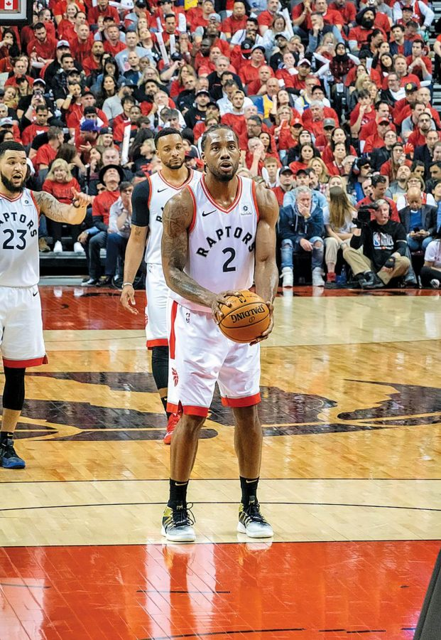 Kawhi+Leonard+prepares+for+a+free+throw+during+his+lone+season+with+the+Toronto+Raptors.+Leonard+believes+that+sitting+out+games+played+a+factor+in+the+team%E2%80%99s+title+run.
