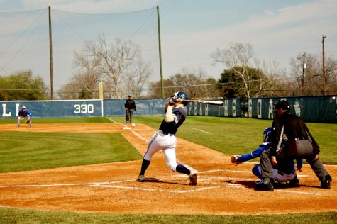 SEU baseball sweeps first series, 2 golfers earn all-tournament honors