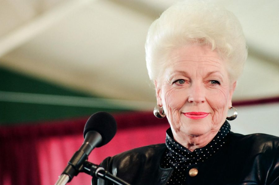 +Ann+Richards+attended+Baylor+University+on+a+debate+scholarship+and+later+campaigned+for+lawyer+Sarah+Weddington%2C+who+helped+win+the+Roe+v.+Wade+case.+