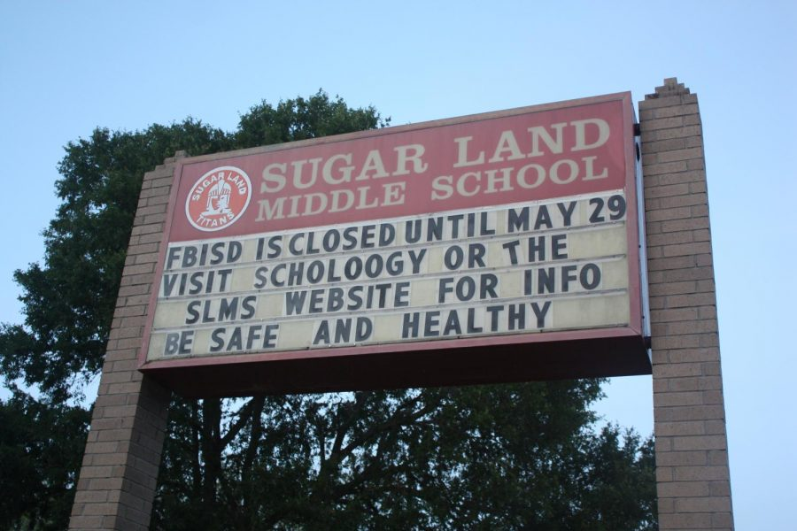 Sugar+Land+Middle+School+in+Fort+Bend+ISD+has+moved+all+classes+to+an+online+platform.+All+Texas+schools+will+continue+with+similar+strategies+for+the+rest+of+the+school+year.+