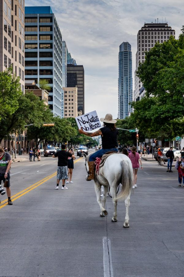 Protesters+gather+in+Austin+to+fight+against+police+brutality+and+racial+injustice.+Demonstrations+like+this+have+taken+place+in+all+50+states+and+outside+of+the+U.S.+in+the+past+week.