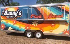 Sunny's Backyard is located off East 7th Street. The food truck offers vegan pub food, along with craft beer and cocktails.