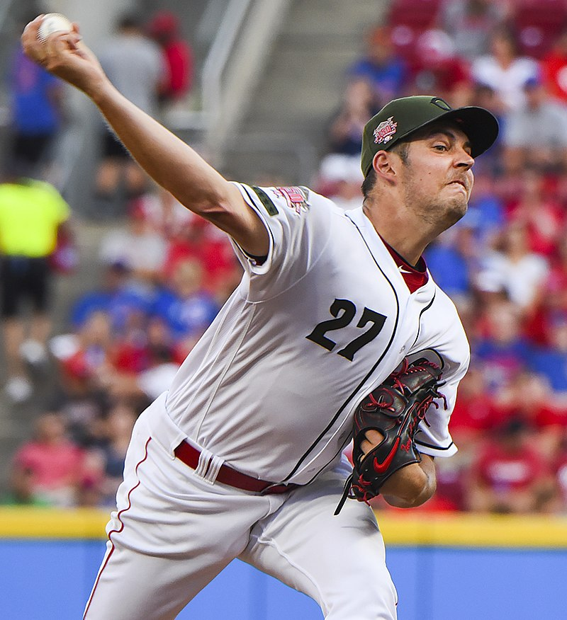 Rising Baseball star, Trevor Bauer, makes choices that might end his MLB career quicker than anticipated